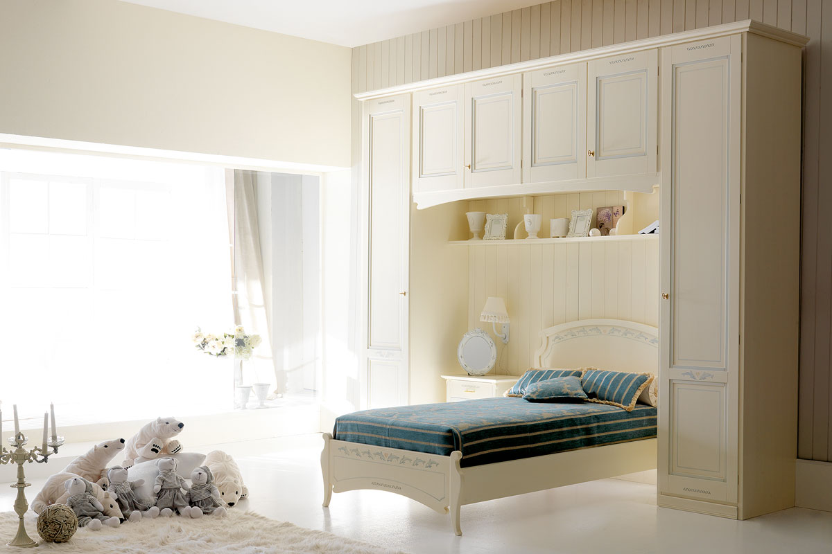 Finest cameretta orleans granducato with complementi d for Complementi d arredo camera da letto