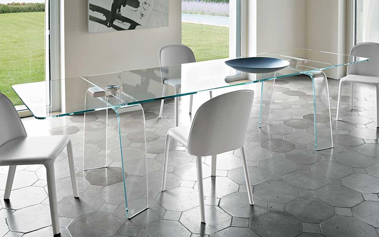 Tavolo kayo fiam design satyendra pakhal magnolo - Meccanismo per tavolo allungabile ...