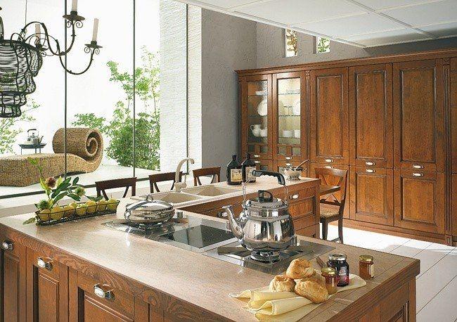 Cucina classica siepi magnolo mobili arredamento cucine - Arredamento cucina classica ...